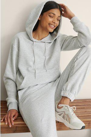 NA-KD Basic Kvinder Sweatshirts - Økologisk Oversize Børstet Hættetrøje