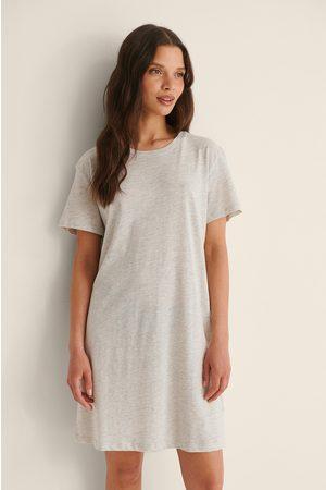 NA-KD Kvinder Casual kjoler - Økologisk T-shirtkjole