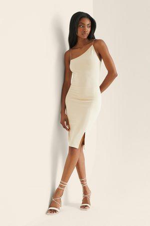 NA-KD Kvinder Asymmetriske kjoler - Asymmetrisk Kort Kjole Med Tynde Stropper