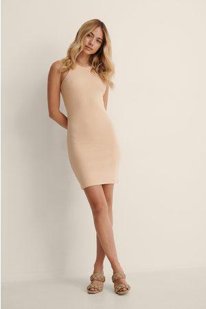 NA-KD Kvinder Casual kjoler - Økologisk Ribbet Etuikjole