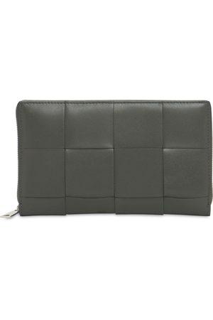 Bottega Veneta Mænd Punge - Maxi Intreccio Leather Zip Around Wallet