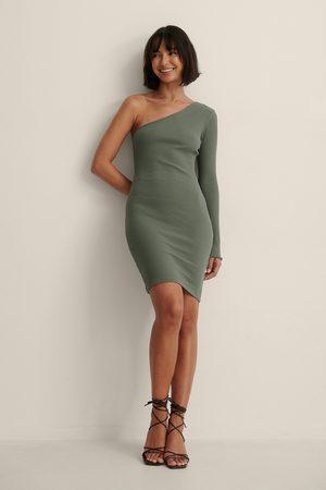 NA-KD Kvinder Casual kjoler - Økologisk One Shoulder Minikjole
