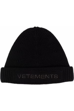 Vetements Huer - Embroidered logo chunky-knit beanie