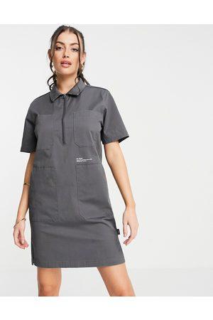 Dr Denim Utility-kjole i mørkegrå