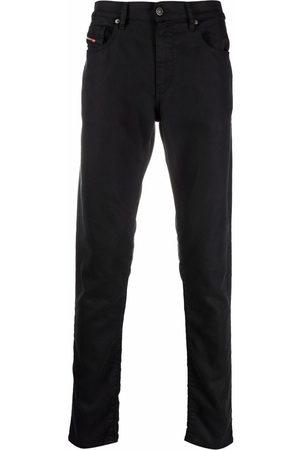 Diesel Mænd Slim - D-Strukt jeans i stræk med udskæringsdetalje