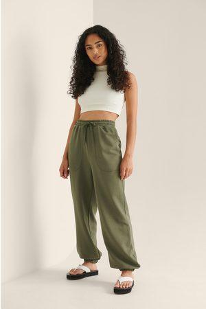 NA-KD Økologiske Løstsiddende Bukser Med Elastisk Talje