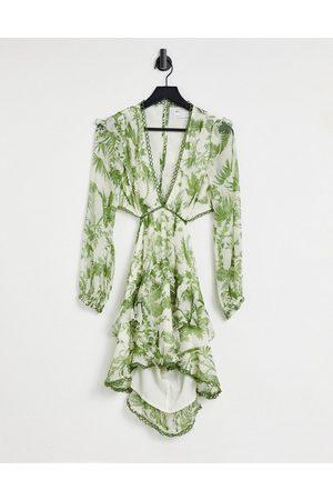 ASOS DESIGN Kvinder Festkjoler - Minikjole med lange ærmer og rund kant i grønt print-Multifarvet