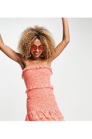 AsYou Kvinder Festkjoler - Stropløs minikjole med flæser og småblomstret print