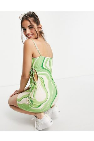 ASOS DESIGN Minikjole med udskæringer, stropper og abstrakt print-Multifarvet