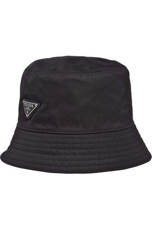 Prada Re-Nylon bøllehat med logo