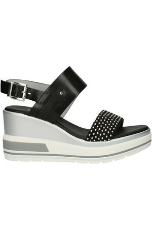 Nerogiardini E115760D Sandals with wedge