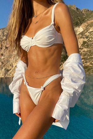 NA-KD Bikinitrusse I Genanvendt Materiale Med Knudedetalje