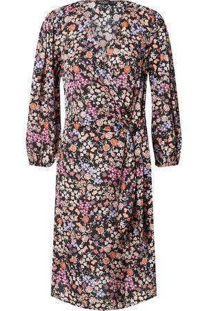 Soaked in Luxury Kjole 'Kimaya