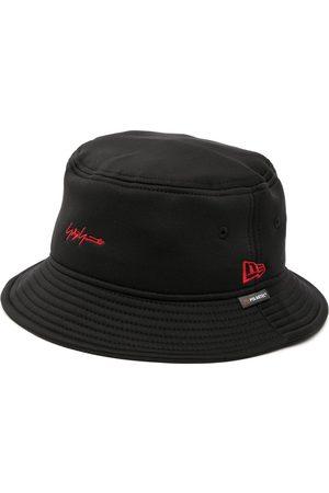 YOHJI YAMAMOTO Mænd Hatte - Logo-embroidered bucket hat