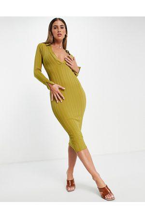 ASOS Kvinder Bodycon kjoler - Ribstrikket bodycon-midikjole med superdyb udskæring og ærmer med svaj i sennepsgul i 70'er-stil-Multifarvet