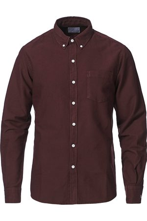 Colorful Standard Mænd Business skjorter - Classic Organic Oxford Button Down Shirt Oxblood Red