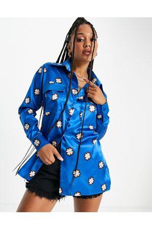 John Zack Kvinder Casual skjorter - Oversized pyjamaslignende skjorte i kobolt geo-print - Del af sæt