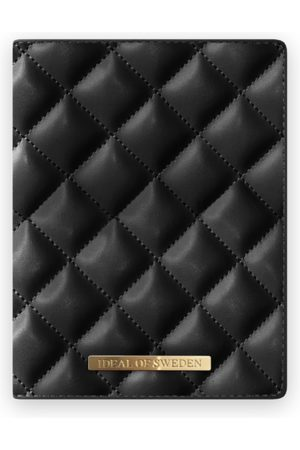 Ideal of sweden Sylvie Meis Passport Cover Quilted Black