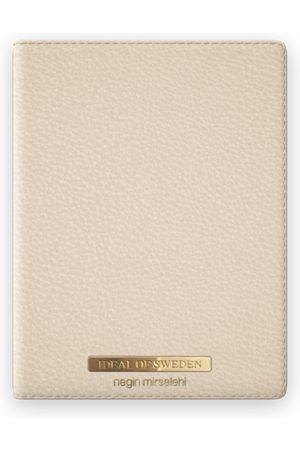 Ideal of sweden Pebbled Passport Cover Negin Beige