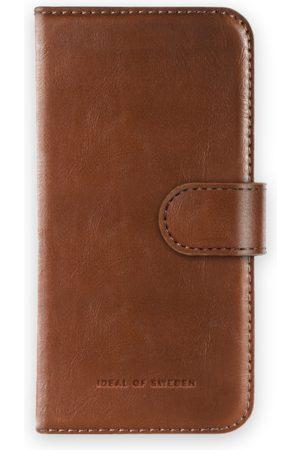 Ideal of sweden Magnet Wallet+ iPhone 8 Plus Brown
