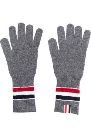 Thom Browne Mænd Handsker - Mediumgrå ribbede vanter i fin merinould med flerfarvede striber