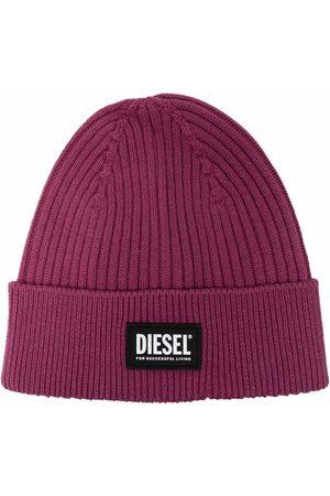 Diesel Ribstrikket hue med logomærke