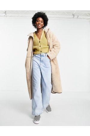 ASOS Kvinder Fleecejakker - Fleece-frakke med kontrastfarvede syninger i Kamel-Hvid