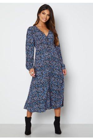 ONLY Tanny L/ Midi Dress Campanula City Leafy