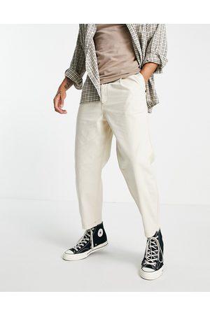 Topman Mænd Tapered - Tapered jeans med plisseringer foran i ecrufarve-Hvid