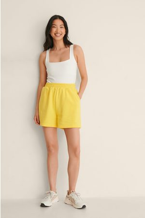 NA-KD Trend Økologiske Shorts Med Elastisk Talje