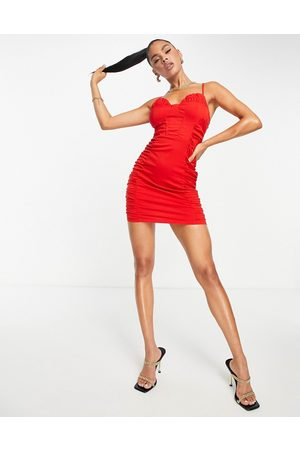 NaaNaa Bodycon-kjole med rynker i siderne