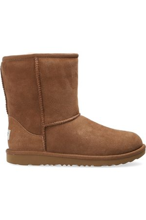 Ugg Classic II suede snow boots