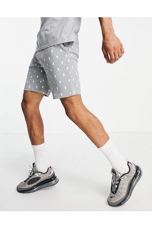 Bolongaro Trevor Sport Bolongaro Trevor - Pyjamassæt med shorts med dødningehovedprint