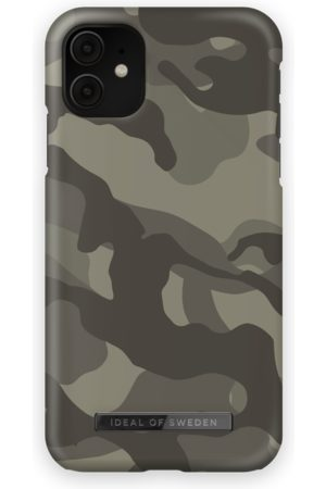 IDEAL OF SWEDEN Fashion Case iPhone 11 Matte Camo