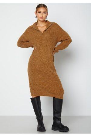 Ichi Kvinder Strikkede kjoler - Novo Knitted Dress 180940 Golden Brown