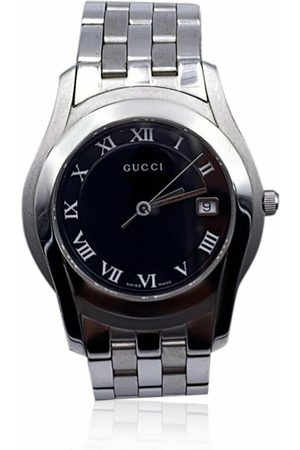 Gucci Pre-owned Silver Stainless Steel Mod 5500 M Quartz Wrist Watch