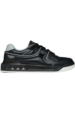 VALENTINO One Stud Low-Top Sneakers