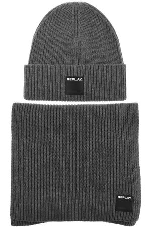 Replay Beanie Hat And Scarf Gift Set