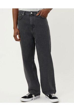 Weekday Galaxy - Løstsiddende jeans i vasket