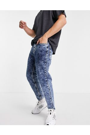 New Look Tapered jeans med syrevask